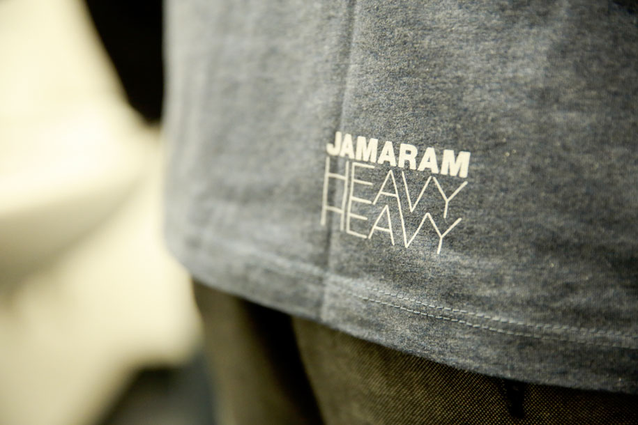 heavy heavy shirt boy back
